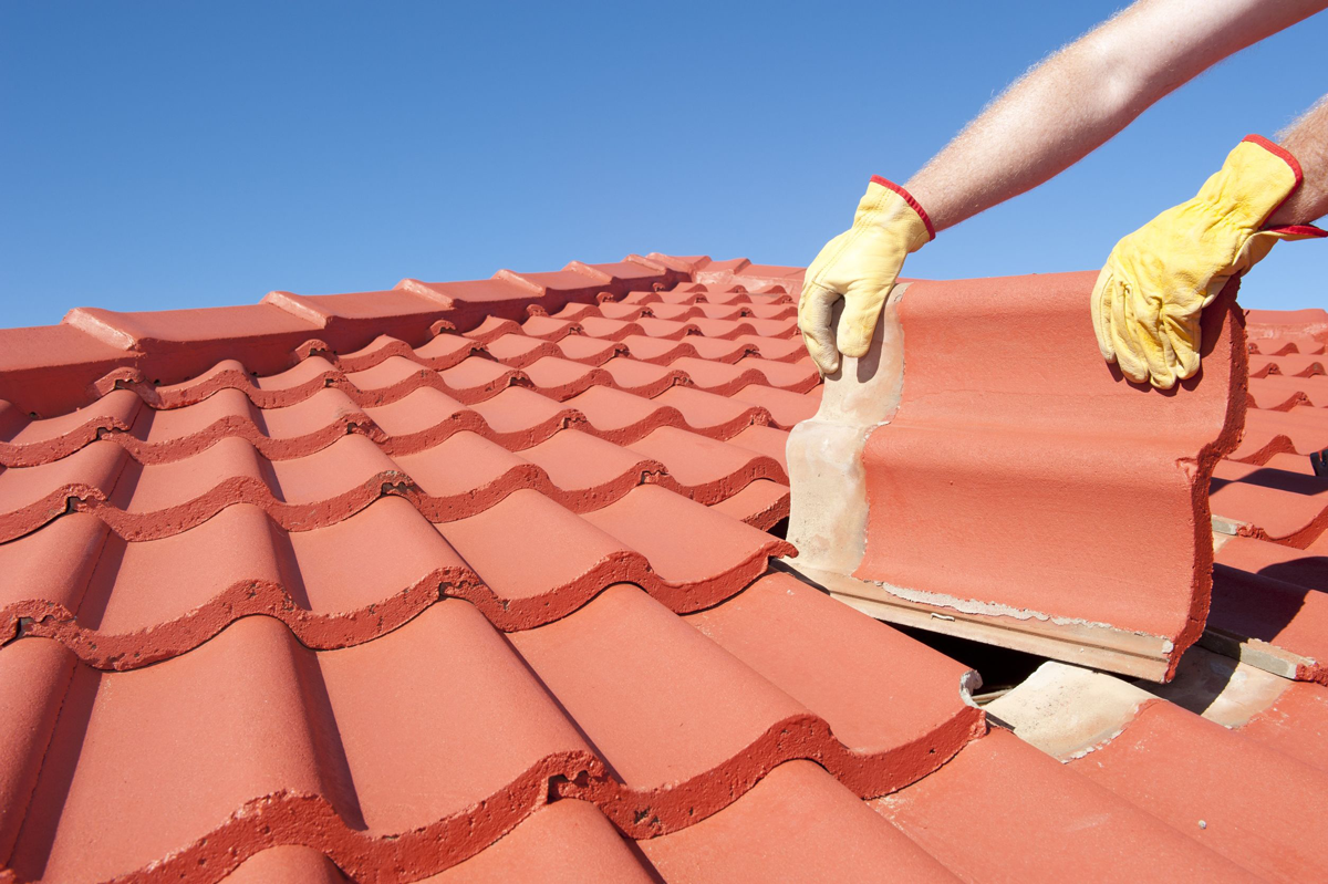 How Does the Sun Damage Your Roof?